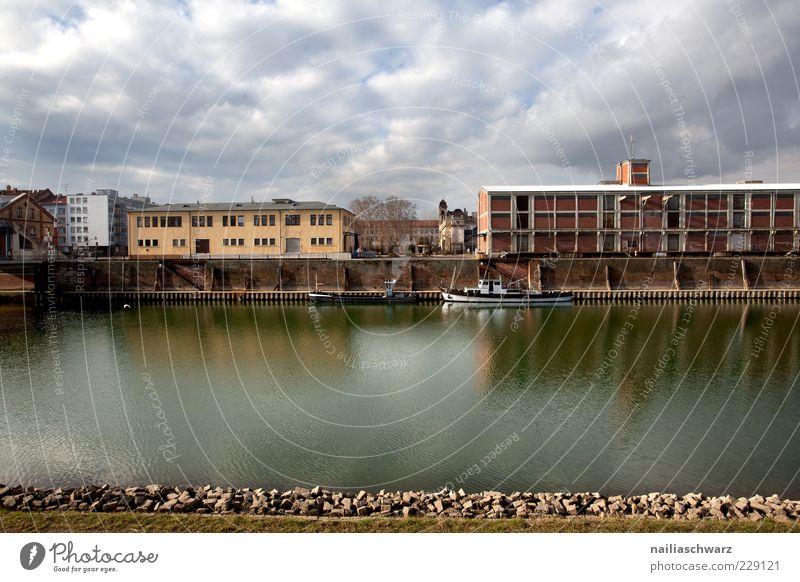Rheinhafen alt blau grün Stadt Wolken Haus Gebäude Wasserfahrzeug braun Deutschland Fassade Verkehr Europa Industrie Vergänglichkeit Güterverkehr & Logistik