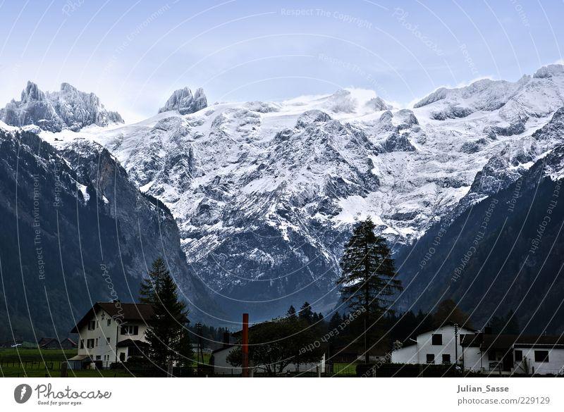 Panoramablick Himmel Natur grün Winter Haus Ferne kalt Schnee Umwelt Landschaft Berge u. Gebirge Wetter Eis Horizont Frost Urelemente