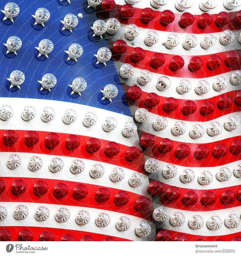 Kirmes Country blau weiß rot Stern (Symbol) Streifen USA Fahne Kitsch Jahrmarkt Amerika Glühbirne Stars and Stripes Stolz Lampe Hochmut Hemmungslosigkeit