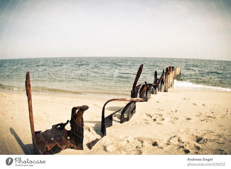 Wo de Nordseewellen trekken an den Strand Ferien & Urlaub & Reisen Meer Landschaft Sand Luft Wasser Himmel Sommer Schönes Wetter Wellen Küste Buhne Fußspur frei
