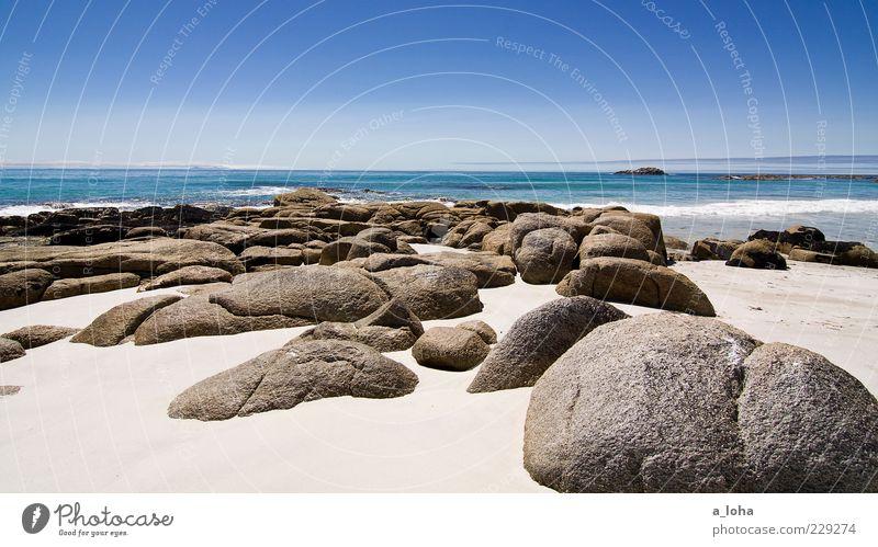dreams be dreams Natur Landschaft Urelemente Erde Sand Wasser Himmel Horizont Sommer Schönes Wetter Felsen Wellen Küste Strand Meer exotisch Wärme Fernweh