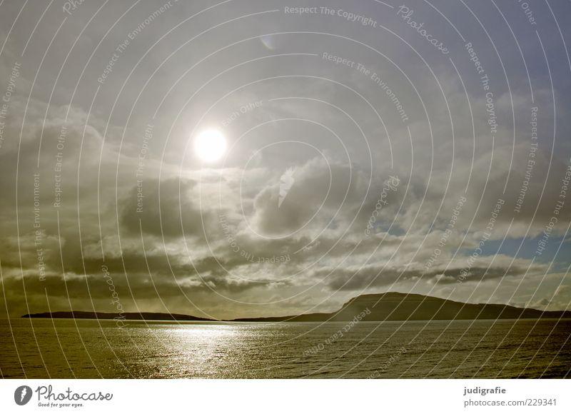 Färöer Himmel Natur Wasser Sonne Meer Ferien & Urlaub & Reisen Wolken dunkel Umwelt Landschaft Stimmung Insel Klima Urelemente Hügel Gefühle