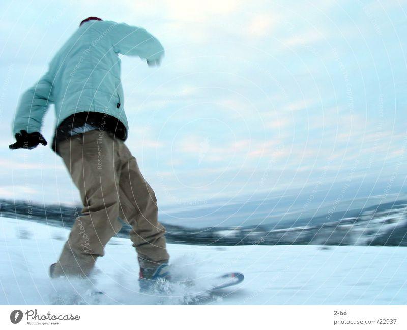 Snowride Snowboard Aktion Sport Jonny Schnee Harz Berge u. Gebirge Snowboarding Snowboarder Kurve Schwung Abfahrt abwärts Skipiste Bewegungsunschärfe