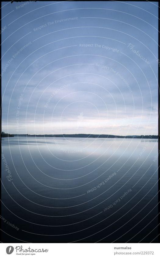 Horizont Lifestyle Umwelt Natur Landschaft Urelemente Luft Wasser Sommer Klima Schönes Wetter Wellen Küste Seeufer Bucht atmen beobachten genießen ästhetisch