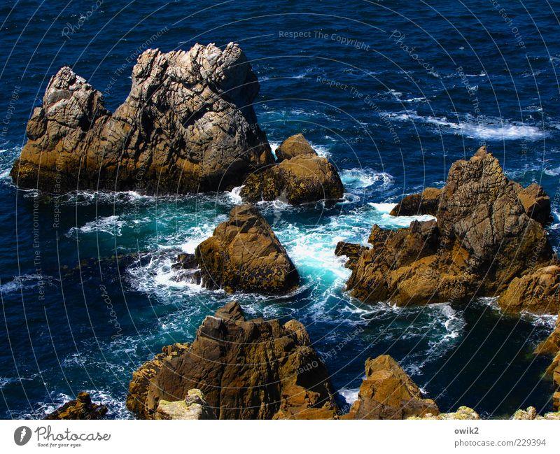 Bretonische Gestade Natur Wasser blau Meer schwarz Umwelt Landschaft Bewegung Küste Stein Wetter braun Wellen Wind Kraft Felsen