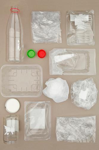 #AS# Plastik-Sammlung Kunst ästhetisch Recycling Statue Skulptur Kunststoff Plastiktüte Plastikbecher Plastikdose Plastikhülle Plastikwelt nachhaltig Verpackung
