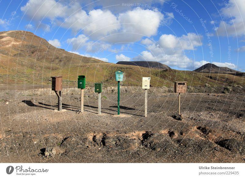 Please, Mr. Postman! Ferien & Urlaub & Reisen Postfach Briefkasten Sehnsucht Einsamkeit Reihe 6 Kasten Erwartung Fuerteventura trist karg Hügel Berge u. Gebirge