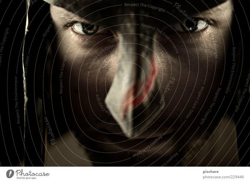(nr) 300 maskulin Mann Erwachsene Gesicht Auge 30-45 Jahre Helm Aggression bedrohlich dunkel rebellisch Wut Gefühle Kraft Mut Feindseligkeit Krieg Kultur