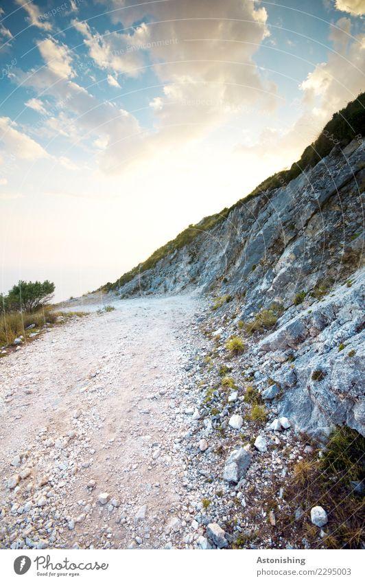 Weg Himmel Natur Pflanze blau Landschaft weiß Wolken Berge u. Gebirge schwarz Reisefotografie Umwelt Wege & Pfade Stein Felsen Horizont Wetter
