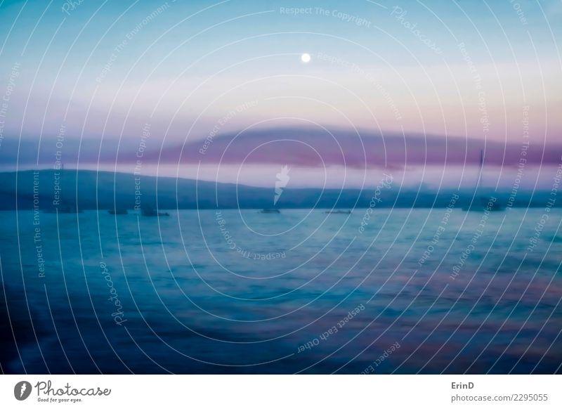 Morgendämmerung über Ozean mit Vollmond Himmel Natur Ferien & Urlaub & Reisen blau schön Landschaft weiß Sonne Meer Wolken ruhig natürlich Tourismus grau rosa