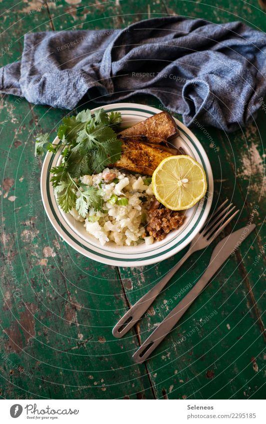 vegane Alternative Essen Gesundheit Lebensmittel Ernährung frisch lecker Gemüse Bioprodukte Schalen & Schüsseln Abendessen Messer Diät Vegetarische Ernährung