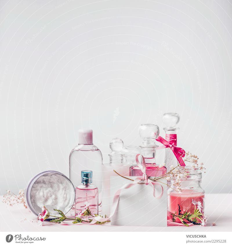 Kosmetik Flaschen mit Grußkarte kaufen Stil Design schön Parfum Creme Gesundheit Spa Dekoration & Verzierung trendy rosa Hintergrundbild Hautpflege Postkarte