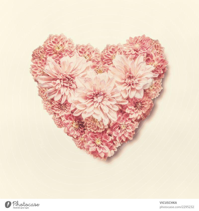 Herz aus Blumen Stil Design Feste & Feiern Valentinstag Muttertag Hochzeit Geburtstag Blatt Blüte Dekoration & Verzierung Blumenstrauß Zeichen Gefühle Liebe