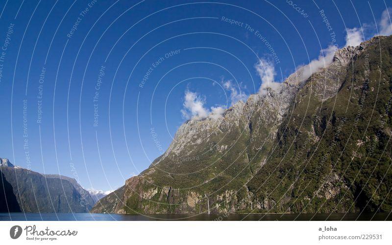 mountains* Himmel Natur Wasser Pflanze Ferien & Urlaub & Reisen Meer Wolken Einsamkeit Ferne Landschaft Berge u. Gebirge Küste Luft Felsen natürlich einzigartig