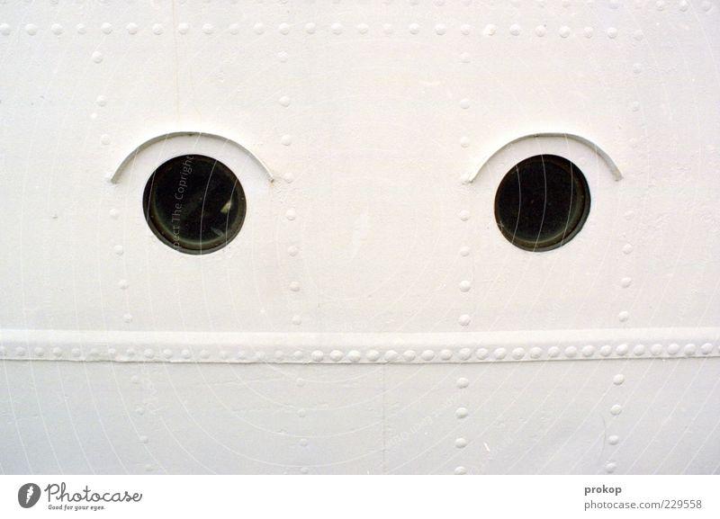 Blickdicht weiß Auge Fenster hell lustig Wasserfahrzeug außergewöhnlich Stahl Humor Niete Blick Bullauge
