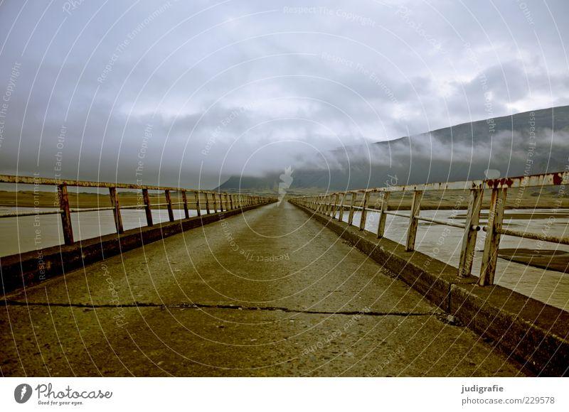 Island Umwelt Natur Landschaft Himmel Wolken Klima Berge u. Gebirge Brücke Straße außergewöhnlich dunkel Stimmung Geländer Farbfoto Außenaufnahme Menschenleer