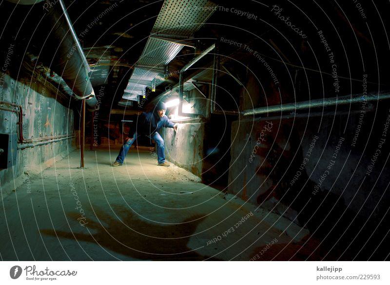 lange leitung Mensch maskulin Mann Erwachsene Leben 1 Blick Angst Entsetzen Todesangst gefährlich Stress Verzweiflung Hand greifen bedrohlich Filmindustrie