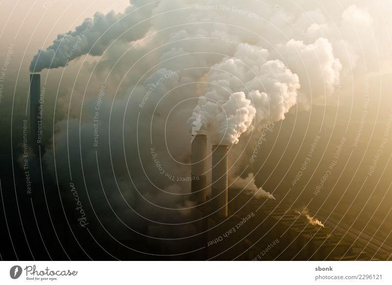 sauerei Umwelt Natur Landschaft Luft Himmel Wolken Klima Klimawandel Wetter schlechtes Wetter Industrieanlage bedrohlich nachhaltig Kraft Coal Power Plant
