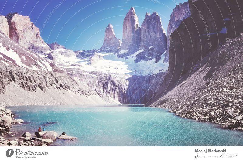 Gebirgszug Torres Del Paine, Patagonia, Chile. Himmel Natur Ferien & Urlaub & Reisen Sommer Landschaft Berge u. Gebirge Tourismus Freiheit See Felsen wandern