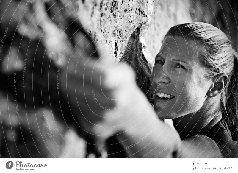 tough princess II Frau Jugendliche Erwachsene feminin Sport Berge u. Gebirge Freizeit & Hobby blond Kraft Felsen Abenteuer Sicherheit Coolness Klettern