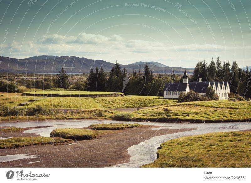 Þingvellir Himmel Natur Einsamkeit Haus Ferne Wiese Umwelt Landschaft Berge u. Gebirge Religion & Glaube außergewöhnlich Kirche einzigartig Fluss Idylle