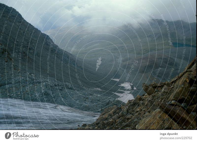 Hochgebirge Berge u. Gebirge Umwelt Natur Landschaft Urelemente Wolken Klima Klimawandel Wetter schlechtes Wetter Nebel Eis Frost Felsen Alpen
