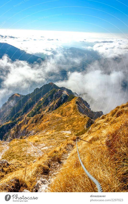 Natur Ferien & Urlaub & Reisen Sommer Landschaft Wolken Freude Berge u. Gebirge Wege & Pfade Sport Stein Felsen wandern Aktion Abenteuer Italien Seil