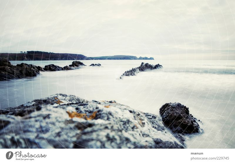 Flut Himmel Natur Wasser schön Meer Strand Ferne kalt Landschaft Küste Stein Wellen Horizont Felsen natürlich frisch