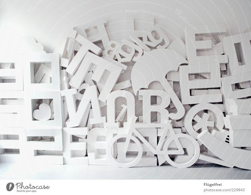 Designerspielplatz* Papier weiß hell Kunst Fahrrad Herz Dekoration & Verzierung Stern (Symbol) Buchstaben viele Ziffern & Zahlen Zeichen Schriftzeichen