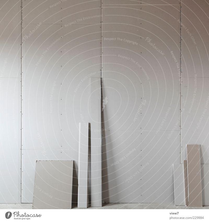 trocken + bau weiß kalt Wand grau Mauer Linie Fassade Beginn modern authentisch gut Baustelle Streifen einfach Ende Beruf