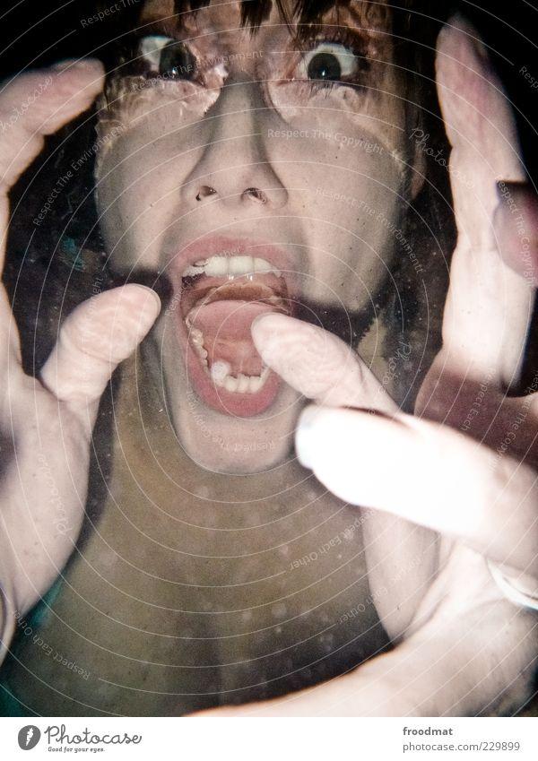 die zweiten zähne Mensch Frau Jugendliche Hand Erwachsene träumen Angst außergewöhnlich Finger verrückt Zähne Junge Frau tauchen gruselig Wut schreien