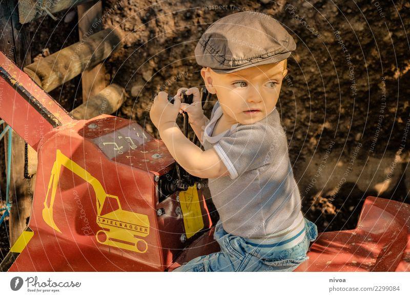 baggerloch Ausflug Abenteuer Baustelle Maschine Mensch maskulin Kind Junge 1 3-8 Jahre Kindheit Umwelt Natur Verkehr Bagger Mode T-Shirt Jeanshose Hut
