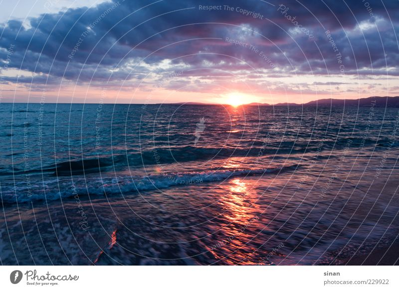 Wasser Licht und Abendstimmung Himmel Natur blau Sonne Sommer Meer Strand Wolken Ferne gelb Landschaft Gefühle Küste Luft Horizont