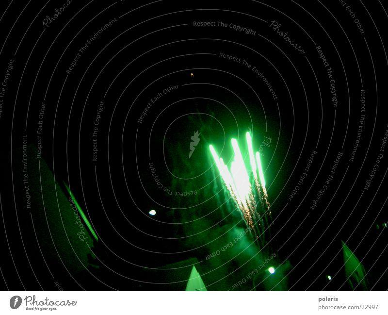 raketen grün Feuerwerk Fototechnik