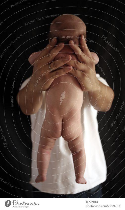 lass laufen maskulin Baby Mann Erwachsene Haut 2 Mensch 0-12 Monate Hemd festhalten Vater Sohn Vertrauen Glück Stolz Liebe Kindheit Finger Nachkommen Gesundheit