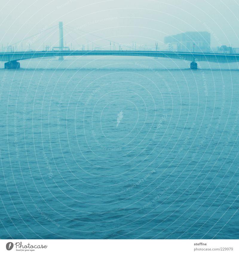 An der schönen blauen Donau Wasser Stadt Ferne Wellen Nebel Brücke Fluss Verkehrswege Köln Dunst Wasseroberfläche Rhein Köln-Deutz Deutzer Brücke