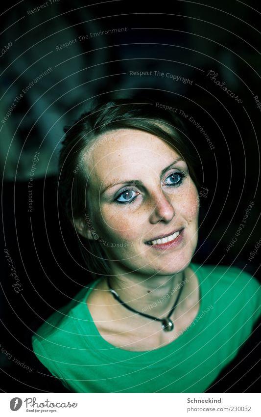 Smile Frau Mensch Jugendliche blau grün schön Erwachsene Gesicht Auge feminin Leben Kopf Haare & Frisuren Glück lachen Mund
