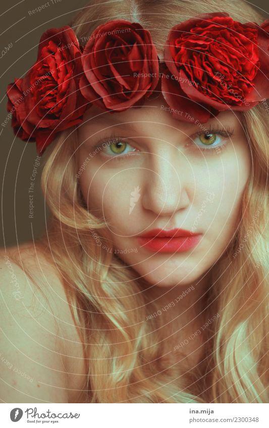 _ Frau Mensch Jugendliche Junge Frau Pflanze Sommer schön Blume rot 18-30 Jahre Gesicht Erwachsene Leben Herbst Blüte Frühling