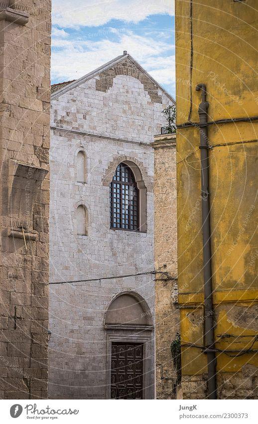 Stille des Südens alt Stadt Farbe Einsamkeit ruhig Architektur Gebäude Glück Zufriedenheit ästhetisch Idylle authentisch Vergänglichkeit Italien historisch