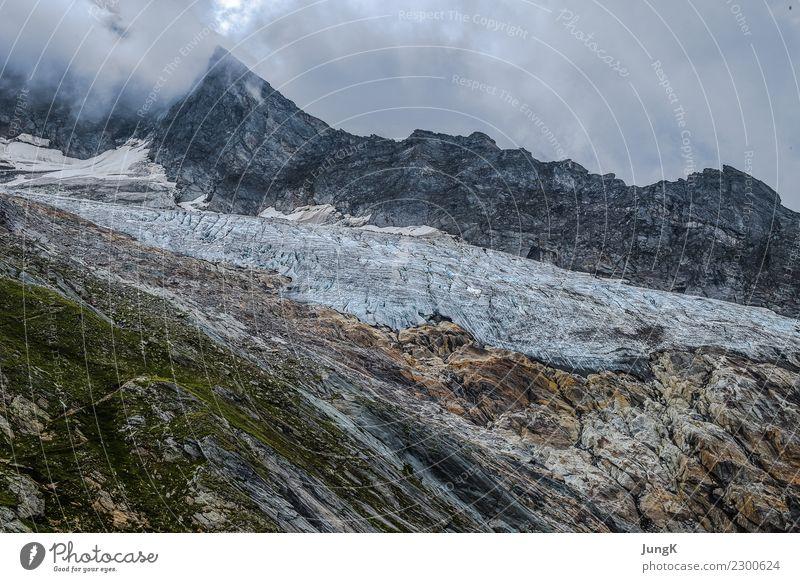 Oben Freizeit & Hobby Sommer Berge u. Gebirge wandern Umwelt Landschaft Felsen Alpen Gipfel Gletscher ästhetisch authentisch außergewöhnlich gigantisch hoch