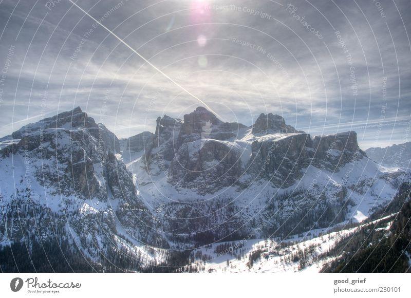 winter vacation Schnee Gefühle Berge u. Gebirge Eis Zufriedenheit Frost Reisefotografie Alpen Italien Gipfel Schönes Wetter Schneebedeckte Gipfel Blendenfleck Dolomiten Südtirol Polaroid