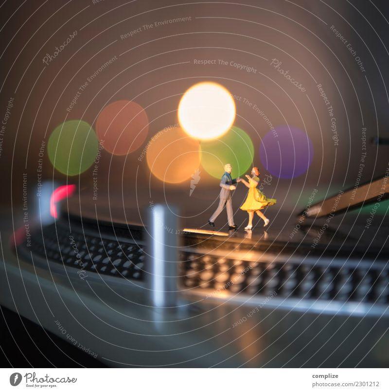 Minimal Disko Freude Freizeit & Hobby Nachtleben Entertainment Party Veranstaltung Musik Club Disco Diskjockey ausgehen Feste & Feiern Flirten clubbing Tanzen