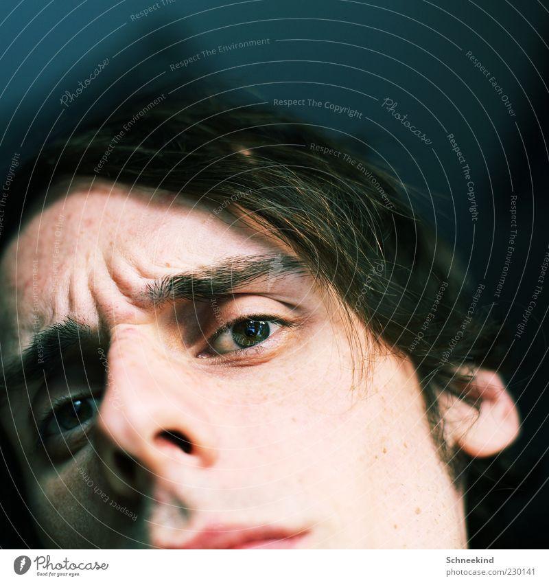WAS? Mensch Mann Jugendliche Erwachsene Gesicht Auge Leben Kopf Haare & Frisuren Mund maskulin Nase Ohr Hautfalten beobachten Lippen
