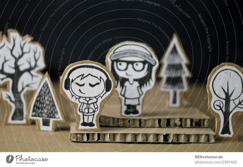 Pappland   Freunde Stil Design Freizeit & Hobby Mensch feminin Freundschaft Jugendliche 2 Jugendkultur Musik hören Umwelt Natur Baum stehen außergewöhnlich