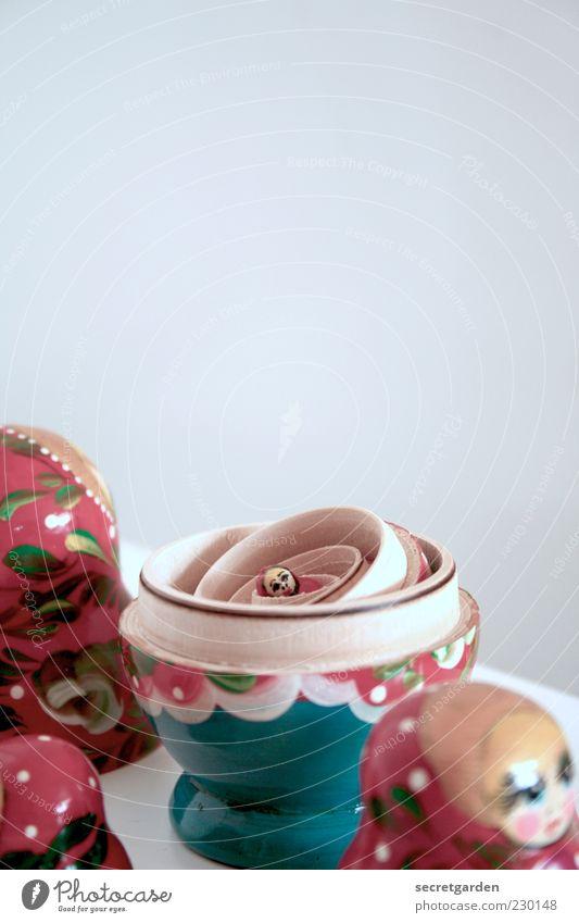 das wesen der frau. klein Dekoration & Verzierung retro Kitsch Spielzeug Teile u. Stücke trashig Puppe Tradition Dose Bekanntheit zusammenpassen Kinderspiel Souvenir Unschärfe typisch
