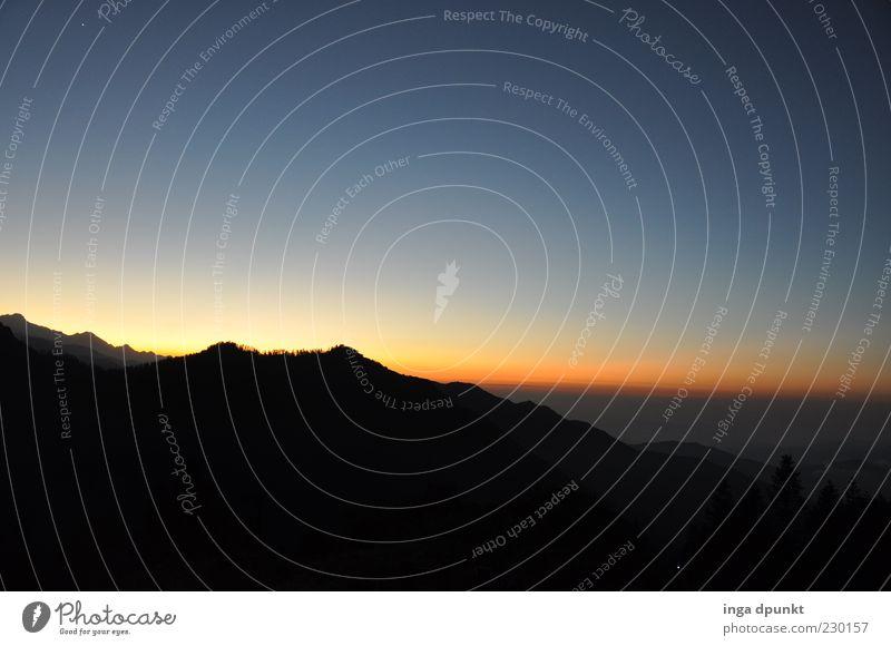Sunrise Ferne Freiheit Berge u. Gebirge träumen Umwelt Natur Landschaft Himmel Wolkenloser Himmel Sonnenaufgang Sonnenuntergang Klima Schönes Wetter Hügel