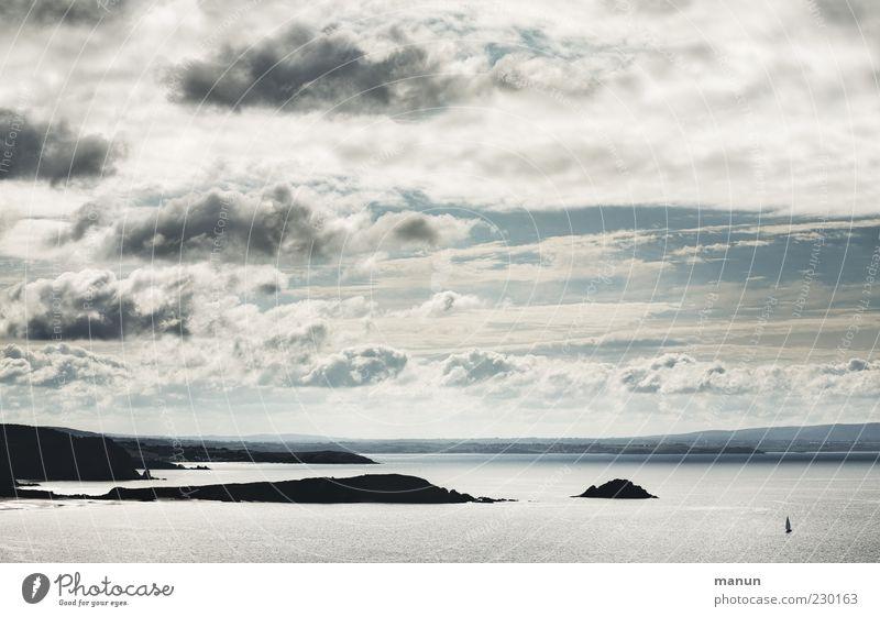 Fensterblick Himmel Natur Wasser Meer Wolken Ferne Landschaft Küste Wetter Horizont Felsen natürlich Insel authentisch außergewöhnlich Urelemente
