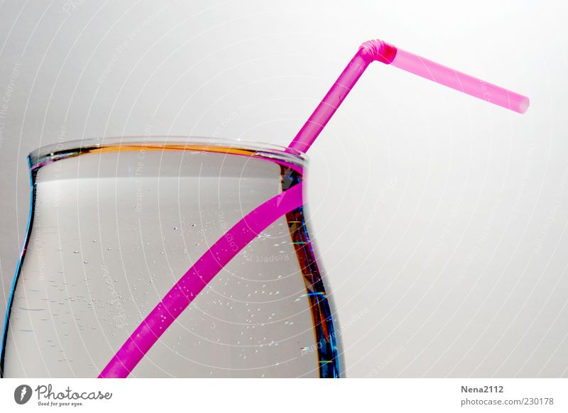 Durst! Wasser kalt Glas Glas rosa nass Trinkwasser frisch Getränk Klarheit rein Flüssigkeit Durst voll Trinkhalm Erfrischungsgetränk
