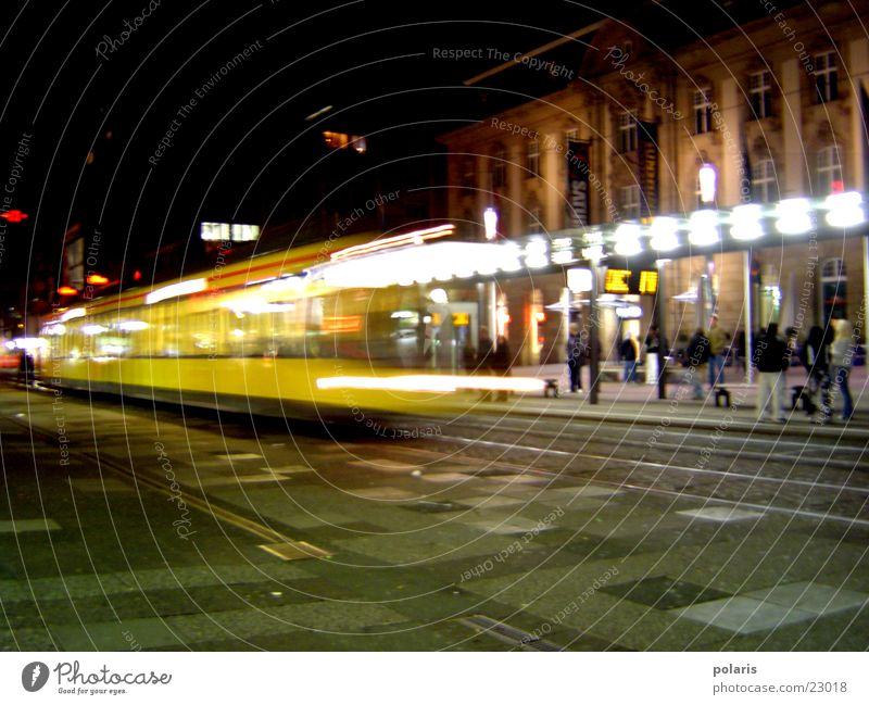 strassenbahn in karlsruhe Straßenbahn Karlsruhe Nacht Fototechnik europaplatz Licht