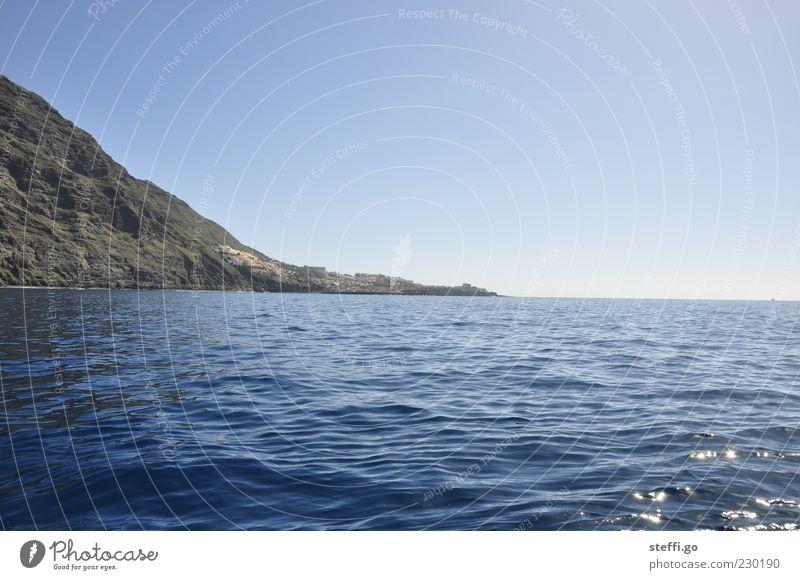 Los Gigantes// Teneriffa Wasser Frühling Sommer Schönes Wetter Wellen Küste Bucht Meer Insel Ferien & Urlaub & Reisen Felsen Klippe Ferne Menschenleer